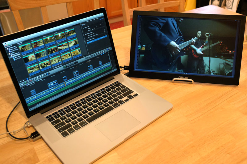 asus-mb168b-fcpx-viewer-right