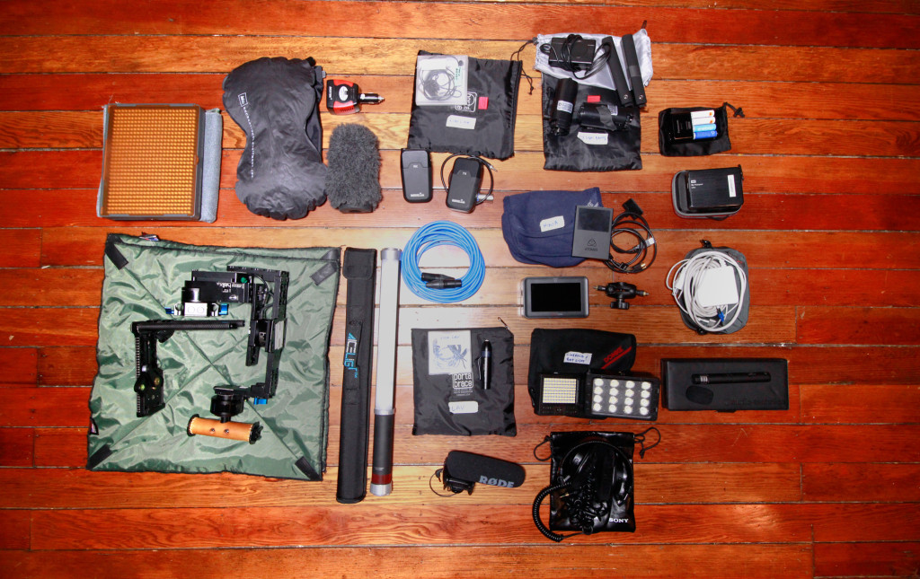 documentary_filmmakingkit_accessory_bag_2